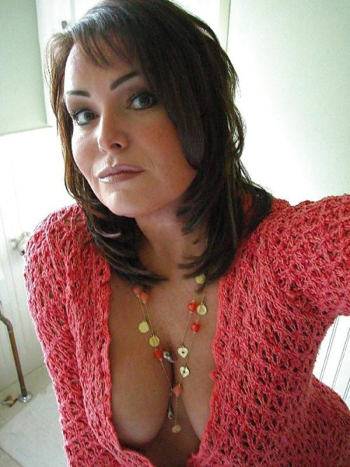 Amateur mature milf and her toy 2